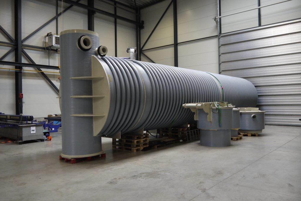 Doppelwandiger horizontaler unterirdischer Tank